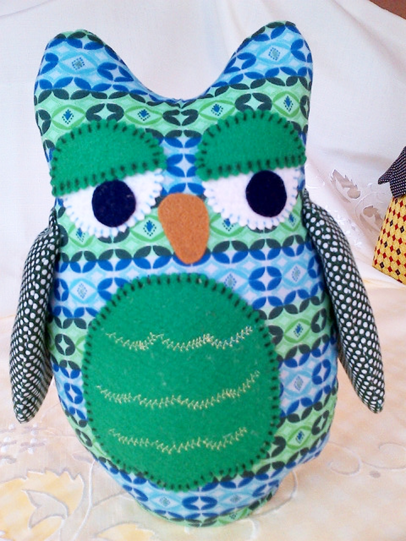 Green and Blue Owl